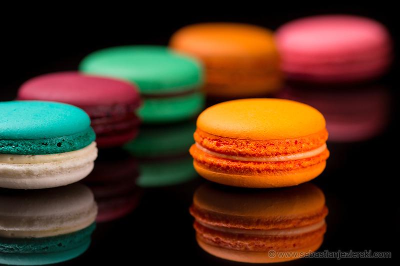 Macarons by T. Deker - photo © S. Jezierski Food Photography